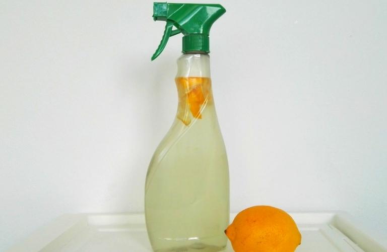 Badreiniger selber machen: Allzweckreiniger und Kalkreiniger selber machen