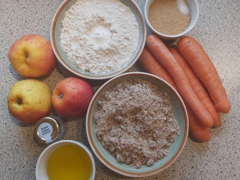 Veganer Karottenkuchen mit Apfelmus_ Super saftig und einfach zu machen_Zutaten