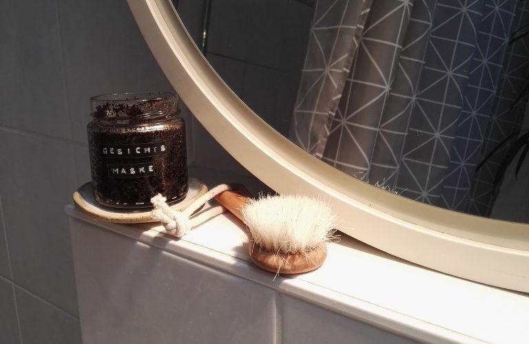 DIY Kosmetik: Gesichtsmaske selber machen: Mit Kaffee und Kokosöl